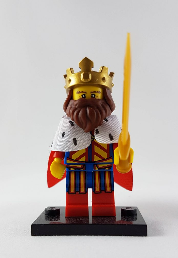 minifigure_king_front_crop