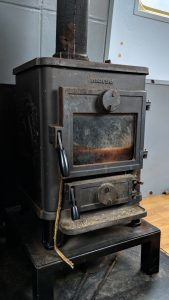 Want to Live Aboard - Multi-fuel Stove image