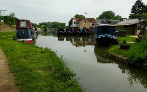 Leaving Lower Heyford Wharf