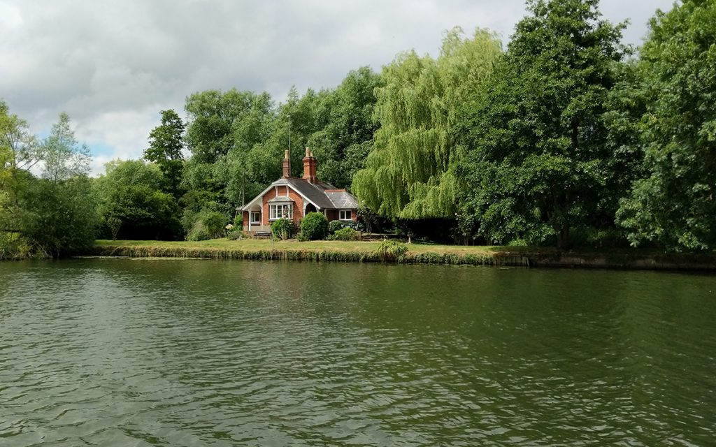 The Long Journey Home - Part 16 - Aceing The Thames - murpworks A Thames House image