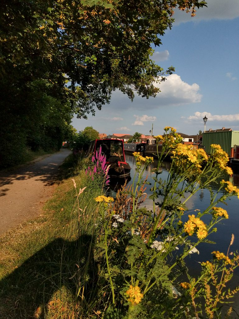 The Long Journey Home - Part 23 - Running Hot and Cold - MIRRLESS Moored at Newbury